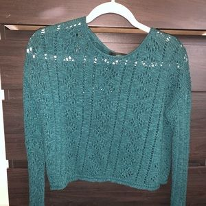 Long sleeve knit cropped sweater